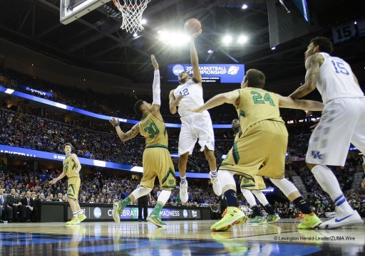 NCAA Elite 8 - Kentucky defeats Notre Dame 68-66
