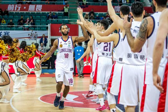 January 28, 2018 - Guangzhou, Guangzhou, China - Guangzhou,CHINA-28th January 2018: Guangzhou Long Lions Basketball Team defeats Beijing Begcl Basketball Team 118-108 at CBA 2017/18 in Guangzhou, south China's Guangdong Province. (Credit Image: © SIPA Asia via ZUMA Wire)