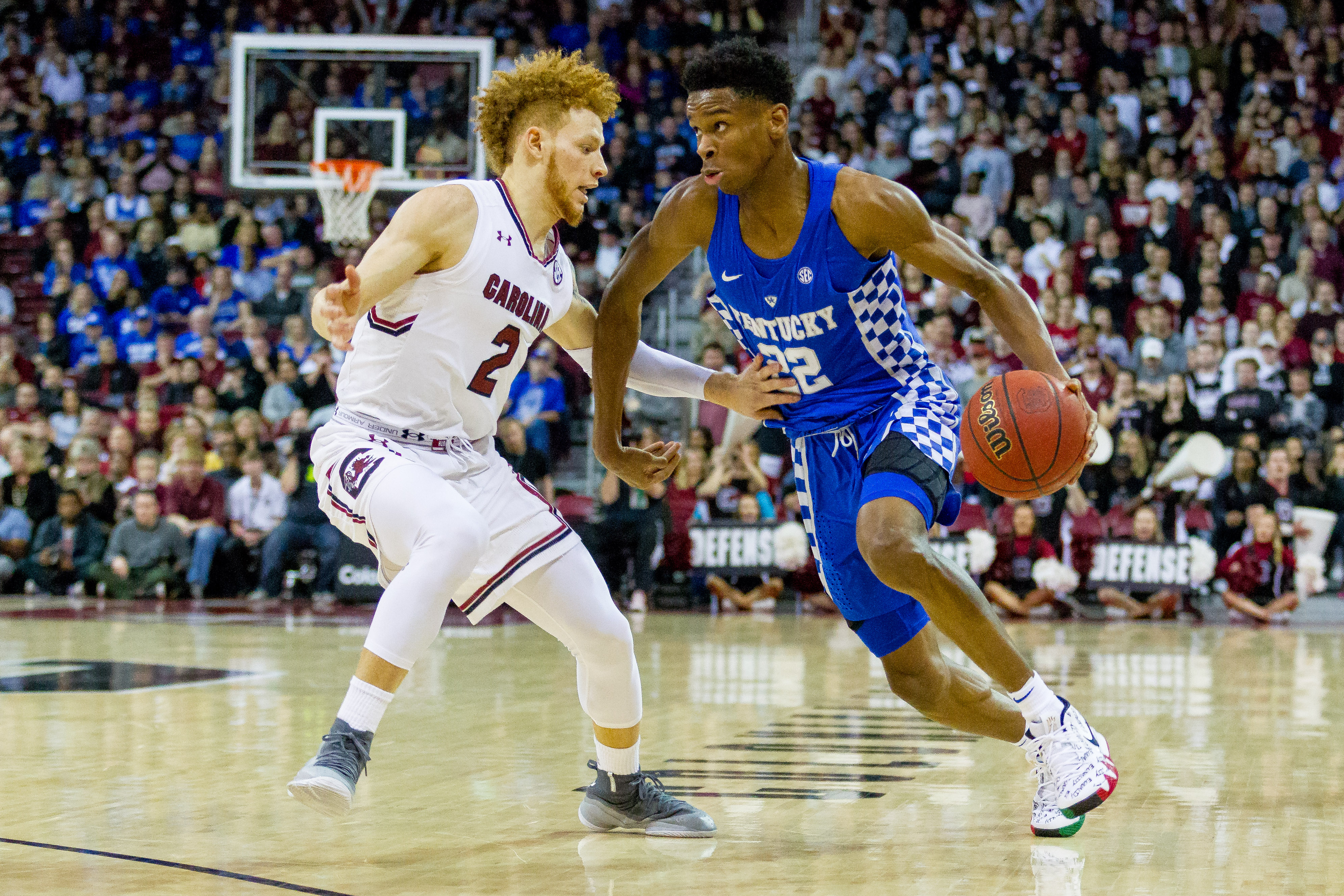 January 16, 2018: South Carolina Gamecocks guard Hassani Gravett (2) defends the drive by Kentucky Wildcats guard Shai Gilgeous-Alexander (22) in the SEC Basketball matchup at Colonial Life Arena in Columbia, SC. (Scott Kinser/Cal Sport Media)(Credit Image: © Scott Kinser/CSM via ZUMA Wire)