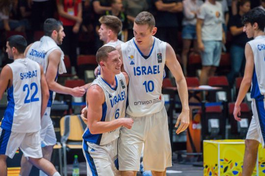 July 22, 2018 - July 22, 2018 - GER, Basketball EM 2018 U20 Männer/Maenner in Chemnitz, Finale Israel vs. Kroatien / 22.07.2018, Messe, Chemnitz, GER, Basketball EM 2018 U20 Männer/Maenner in Chemnitz, Finale Israel vs. Kroatien, im Bild Jubel der Nationalmannschaft von Israel nach dem 80:66 Sieg gegen Kroatien und damit dem Basketball U20 EM-Titel 2018 Ido Flaisher ( 10, Israel), Gil Aharon Beni ( 6, Israel), Ido Shabat ( 22, Israel), *** GER basketball EM 2018 U20 men men in Chemnitz final Israel vs Croatia 22 07 2018 Chemnitz GER basketball EM 2018 U20 men men in Chemnitz final Israel vs Croatia in the picture cheering of the national team of Israel after the 80 66 victory over Croatia and thus basketball U20 Title 2018 Ido Flaisher 10 Israel Gil Aharon Beni 6 Israel Ido Shabat 22 Israel nordphotoxDostmann nph00325 (Credit Image: © Imago via ZUMA Press)