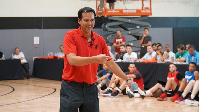 Miami Heat head coach Erik Spoelstra speaks at the 2018 Coaching U Live clinic in Las Vegas, NV. Image courtesy of Coaching U.