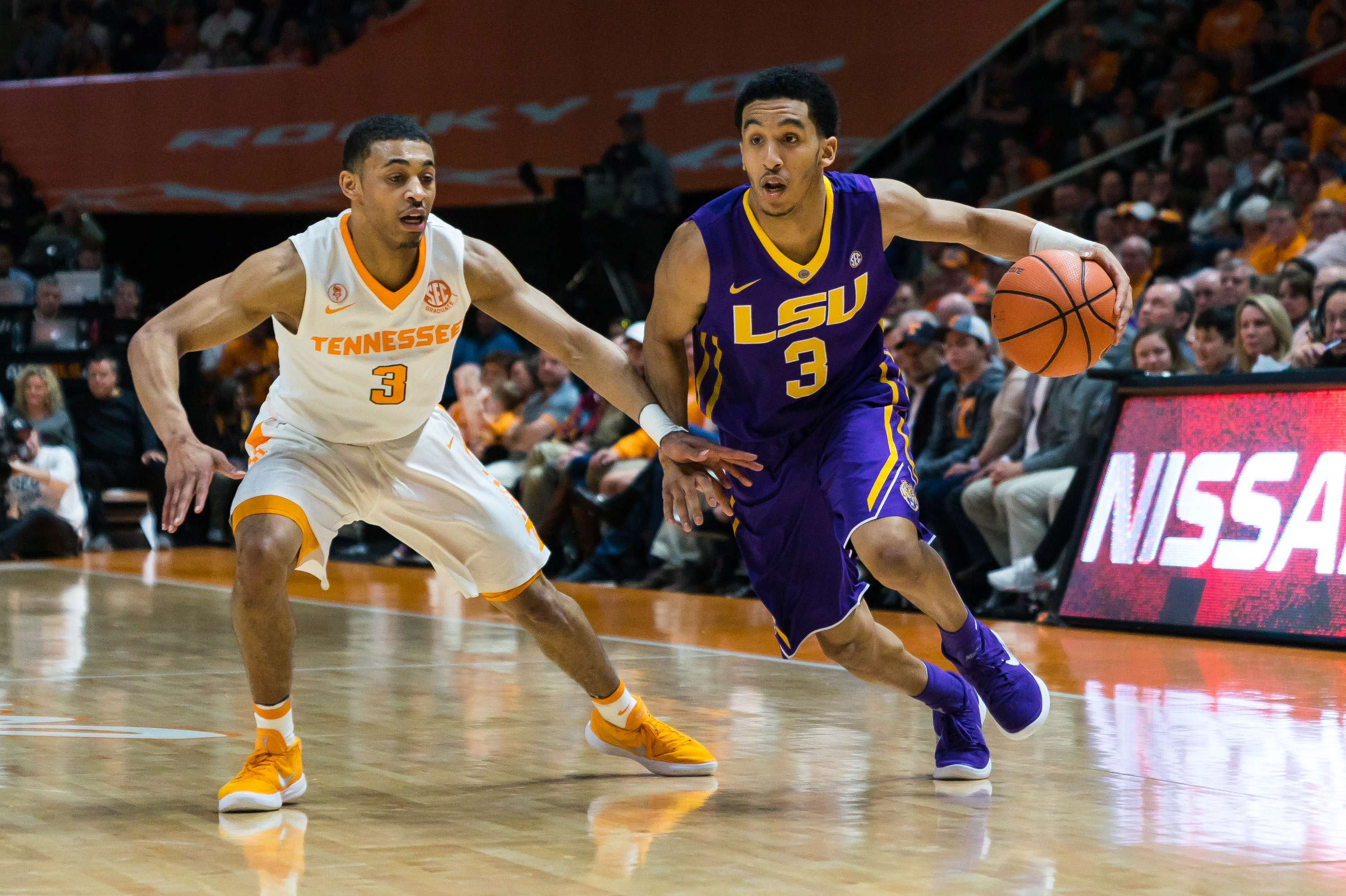 January 31, 2018: Tremont Waters #3 of the LSU Tigers drives to the basket against James Daniel III #3 of the Tennessee Volunteers during the NCAA basketball game between the University of Tennessee Volunteers and the Louisiana State University Tigers at Thompson Boling Arena in Knoxville TN Tim Gangloff/CSM(Credit Image: © Tim Gangloff/CSM via ZUMA Wire)