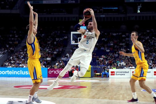 June 3, 2018 - Madrid, Community of Madrid, España - Real Madrid's Rudy Fernandez (C) in action against Herbalife Gran Canaria's Xavi Rabaseda and Nikola Radicevic during the Liga Endesa first semifinal series match between Real Madrid and Gran Canaria at the Wizink Center in Madrid, Spain, 03 June 2018. (Credit Image: © Kiko Huesca/EFE via ZUMA Press)