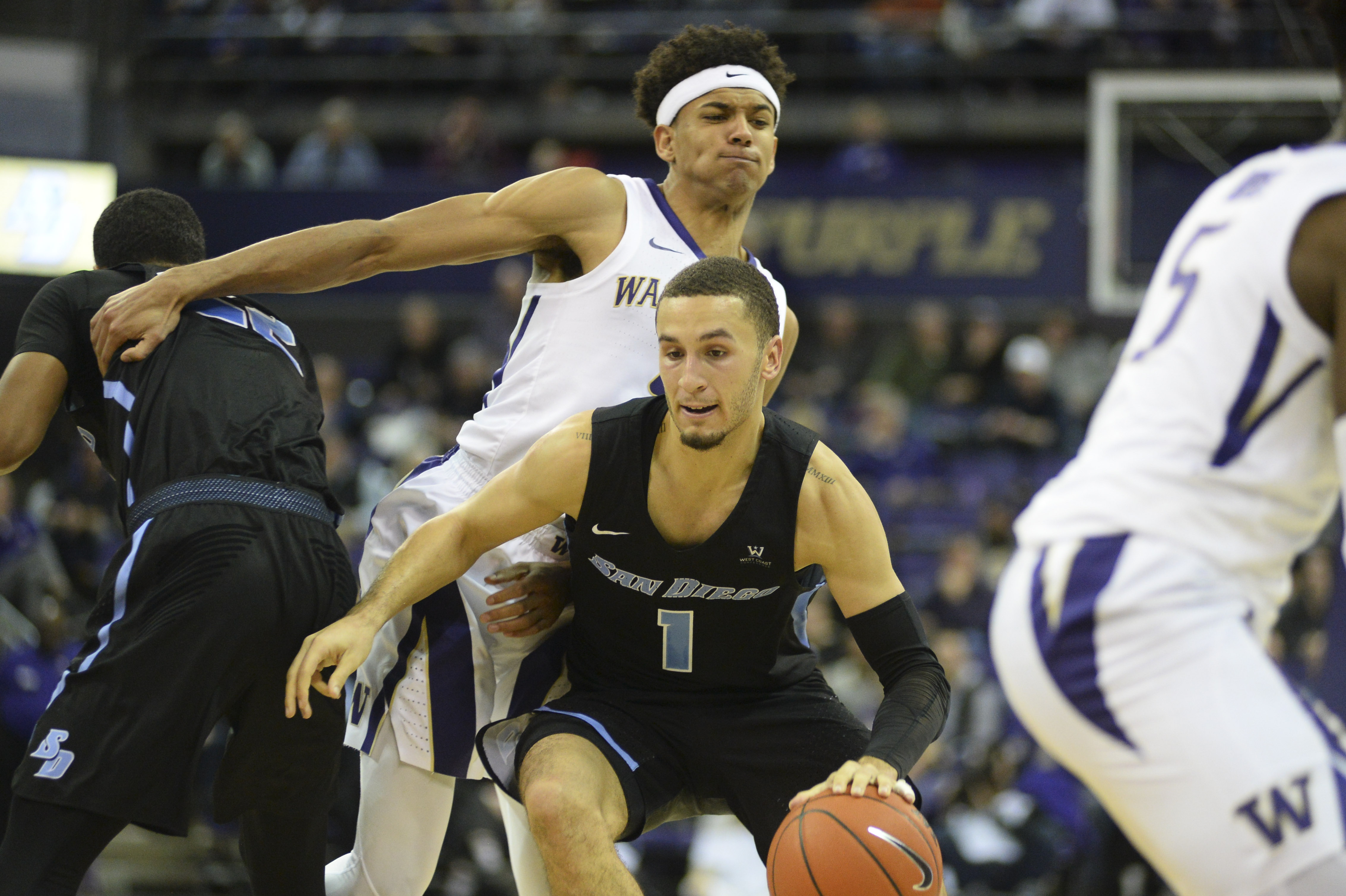 November 12, 2018: Tyler Williams (1) drives to the hoop against Matisse Thybulle (4) during a basketball game between the Washington Huskies and the University of San Diego. The game was played at Hec Ed Pavilion in Seattle, WA. Jeff Halstead / CSM(Credit Image: © Jeff Halstead/CSM via ZUMA Wire)
